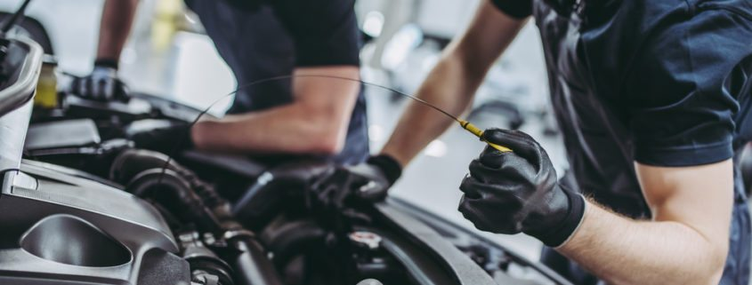 Problems You Can Avoid with Routine Oil Change_Highline Car Care